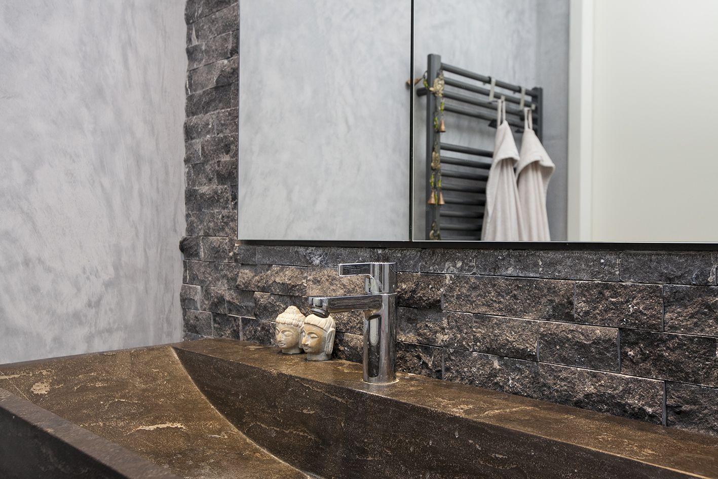 Zien #tap #kraan #bathroom #badkamer #modern #warm #buddha #stone