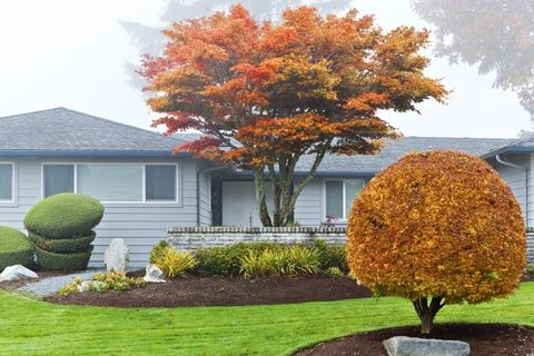 These Are Going To Be The 5 Best Landscape Design Trends This Fall Fall Garden Care Landscape Design Garden Landscape Design
