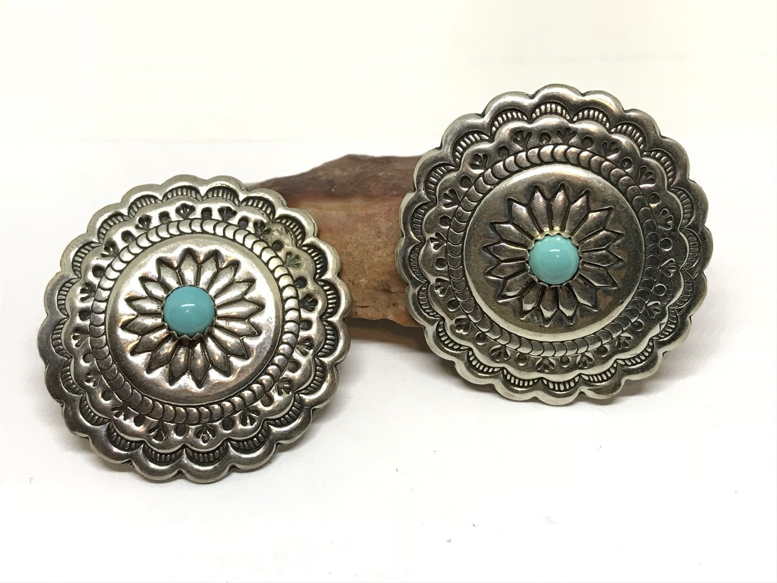 676a2a863 VINTAGE NATIVE AMERICAN Navajo Sterling Turquoise Stamped Concho Earrings  (9.0g) - $8.99   PicClick