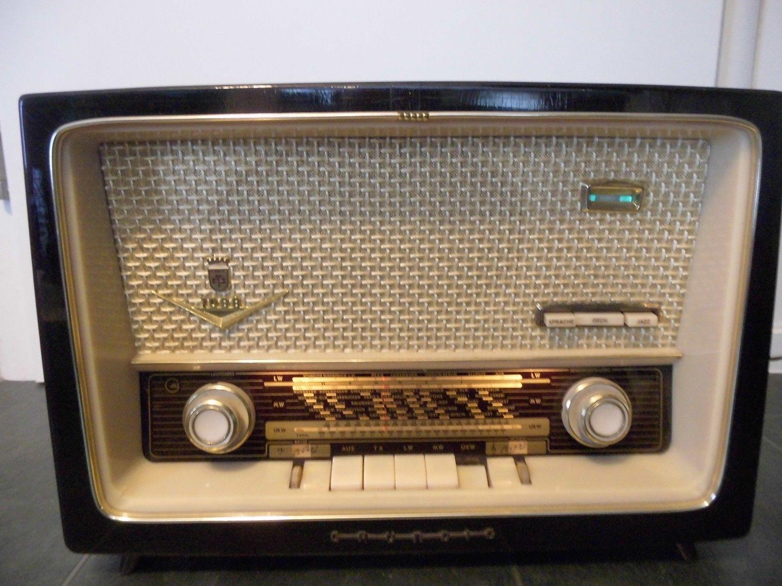 grundig typ 1088 altes radio r hrenradio musikger t. Black Bedroom Furniture Sets. Home Design Ideas