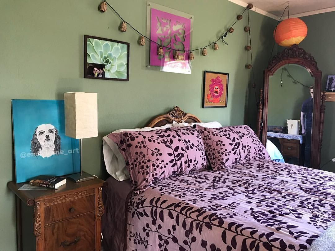 Beautiful Picture From Mytwilightsaga Newmoon Bellaswan Twilight Kristenstewart Room Room Inspo Room Inspiration