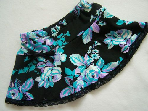 NEW BABY GIRL BLACK AQUA LILAC ROSES SKIRT GOTH,ROCK,ALTERNATIVE,SKATER 3-6 MTH