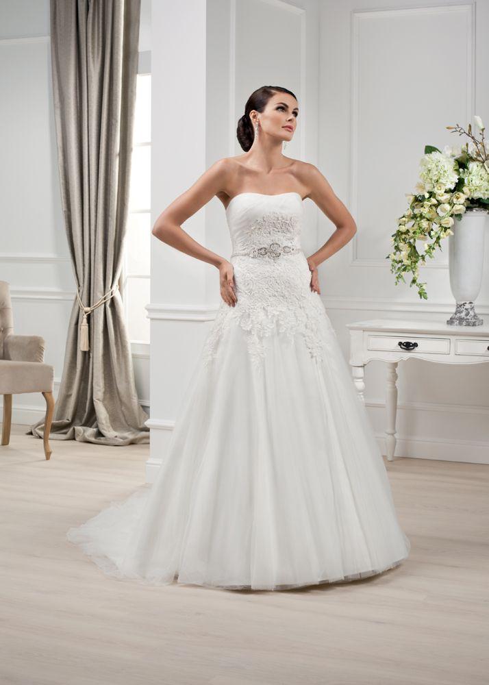 Brautkleid der Elizabeth Passion 2014 Kollektion. Modell E-2805-T ...