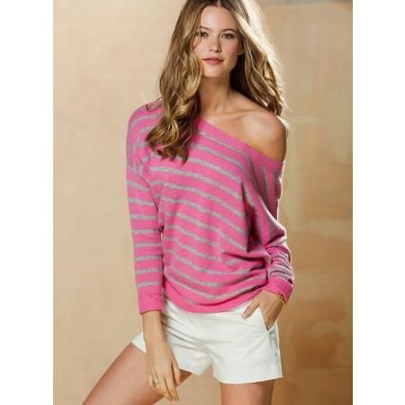 pink cashmere sweater with white shorts, so cute!