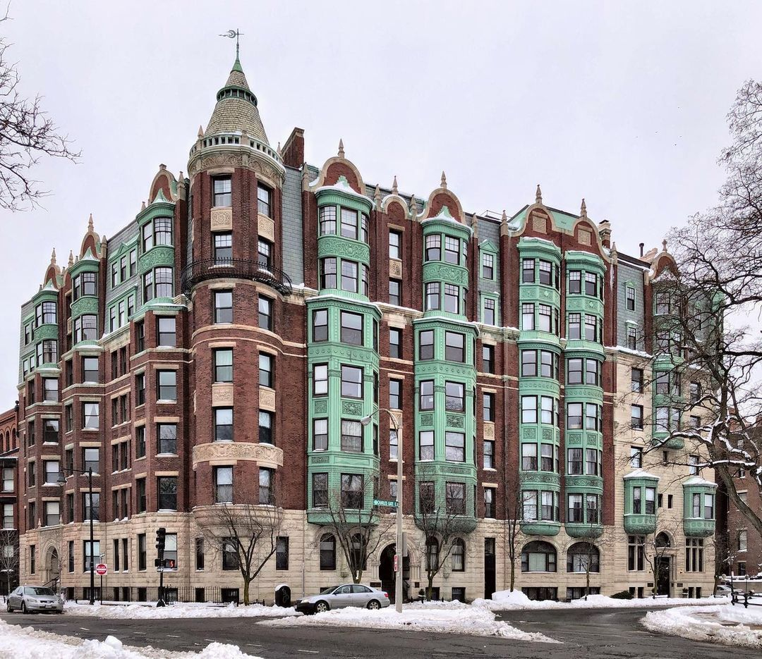 Buildings Of New England On Instagram The Charlesgate 1891 One Of The Most Stunning Apartme In 2021 Boston Hotels Architecture Landmark Historical Architecture