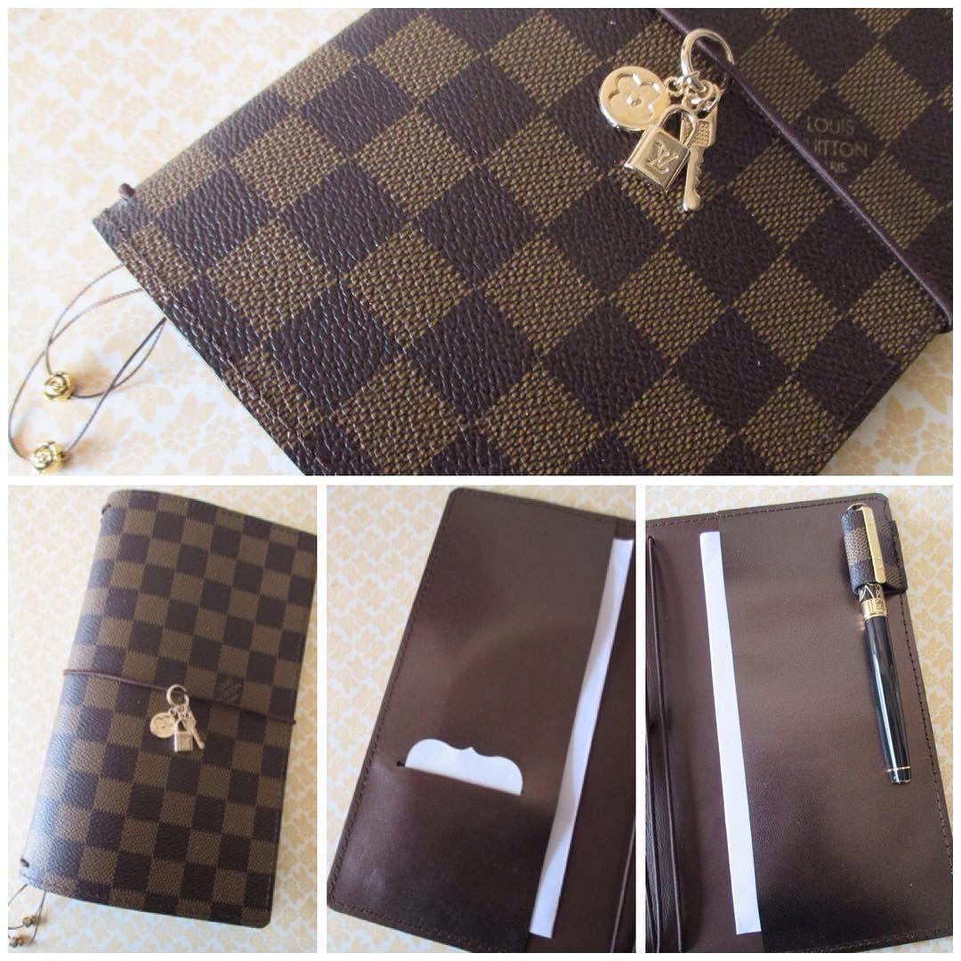Louis Vuitton Replica Regular Size Pocketed Midori Style
