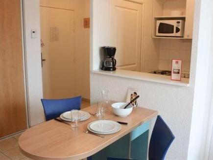Sejours et Affaires Rive Gauche Aparthotel Paris, France