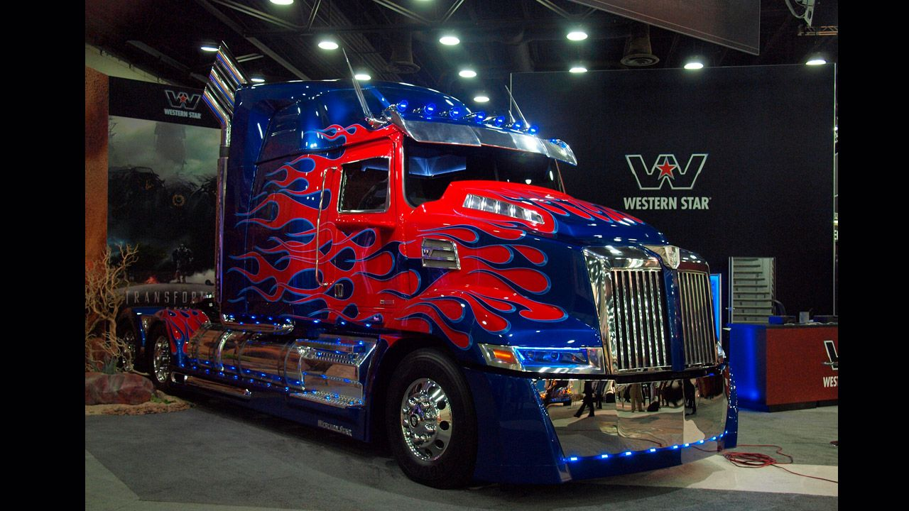 Optimus Prime In Detail With Images Western Star Trucks Trucks