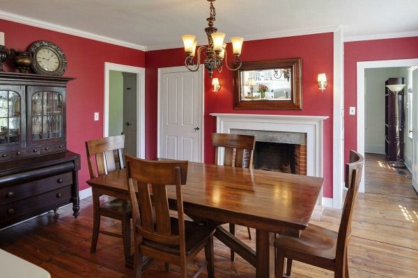 Renee Zellweger's Farmhouse For Sale In Connecticut  Colonial Classy Farmhouse Dining Room Table For Sale Inspiration