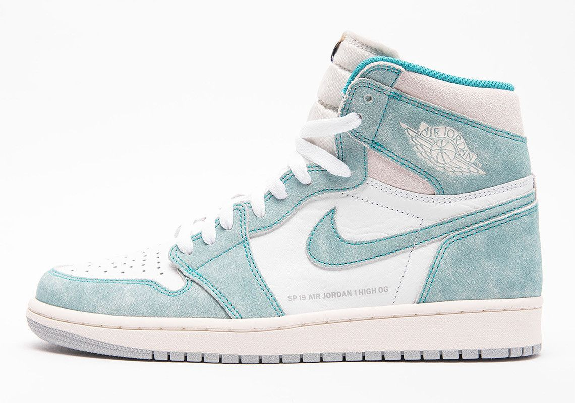 Air Jordan 1 Retro High Og Turbo Green White Sail Light Smoke Grey