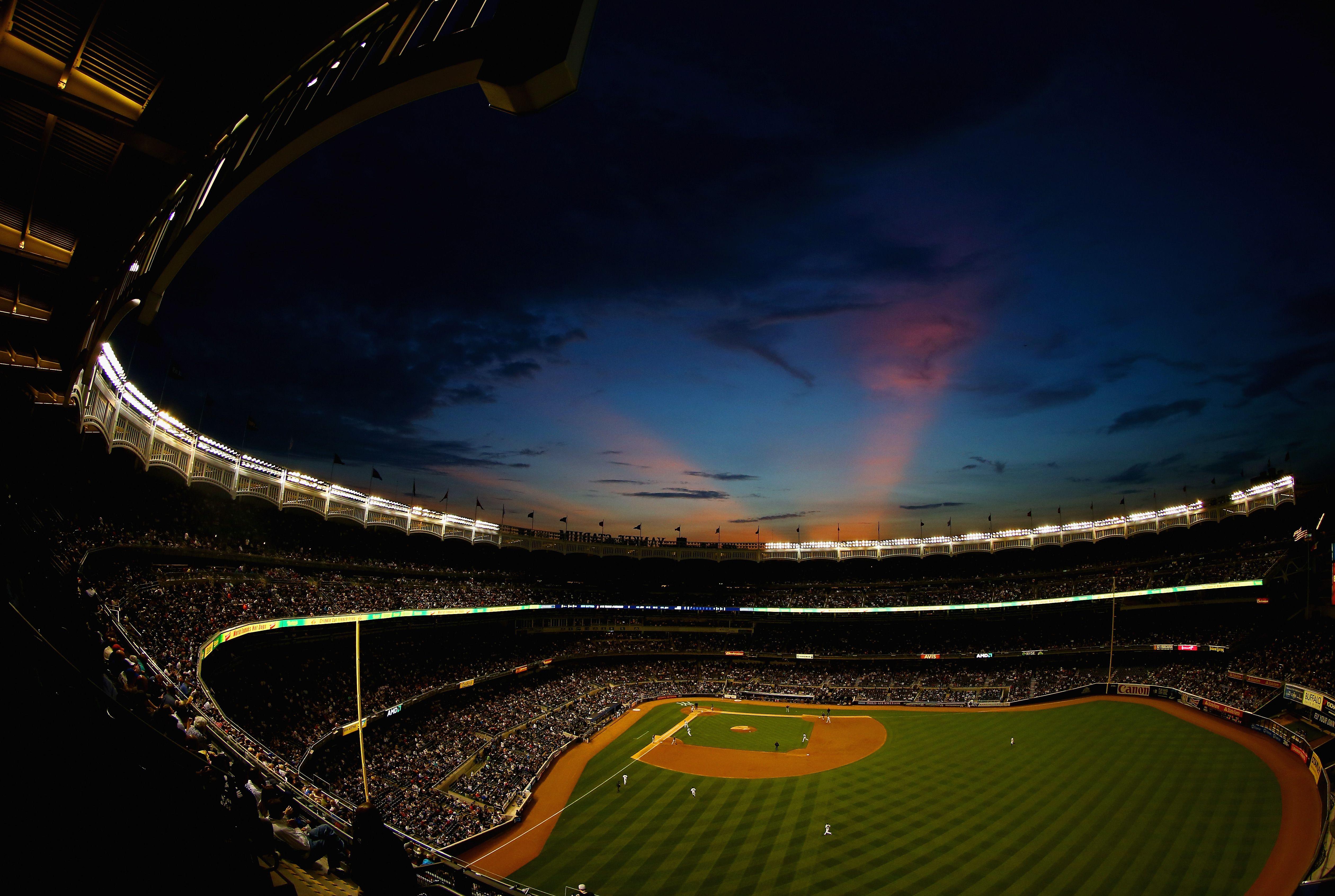 Empty Yankee Stadium At Night Night scene at Yankee ...