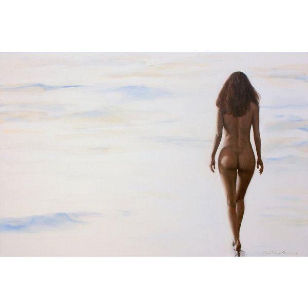 naked women walking beach