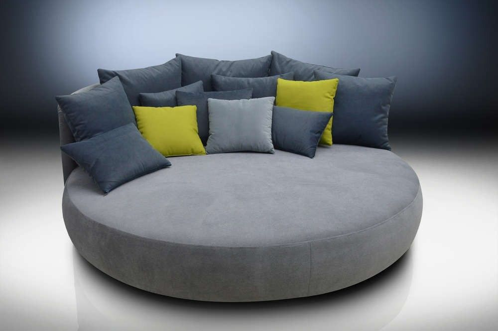 Pin By Michelle On Living Room Round Sofa Circle