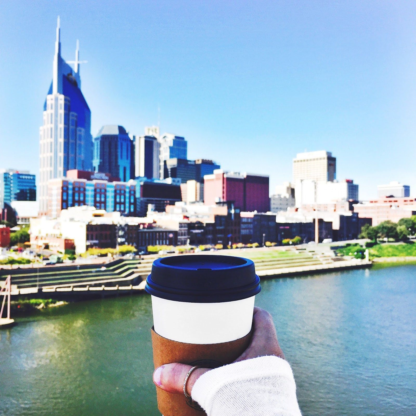 After living in Nashville (officially) for six whole months, I finally feel ready to add my two cents for planning a trip to explore the city. Nashville has absolutely stolen my heart. It's brimming with life. Of course, you have the music scene, but there's so much more, like rich history, culture and fun. My …