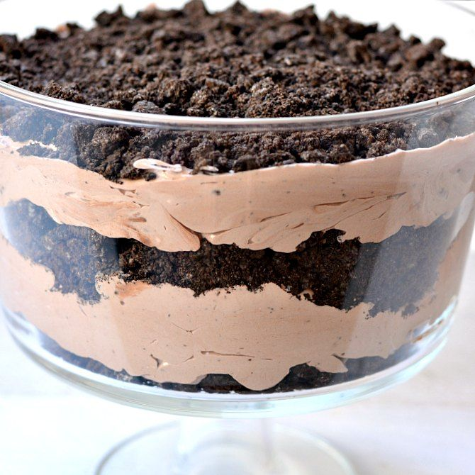 Oreo Peanut Butter Dirt Cake