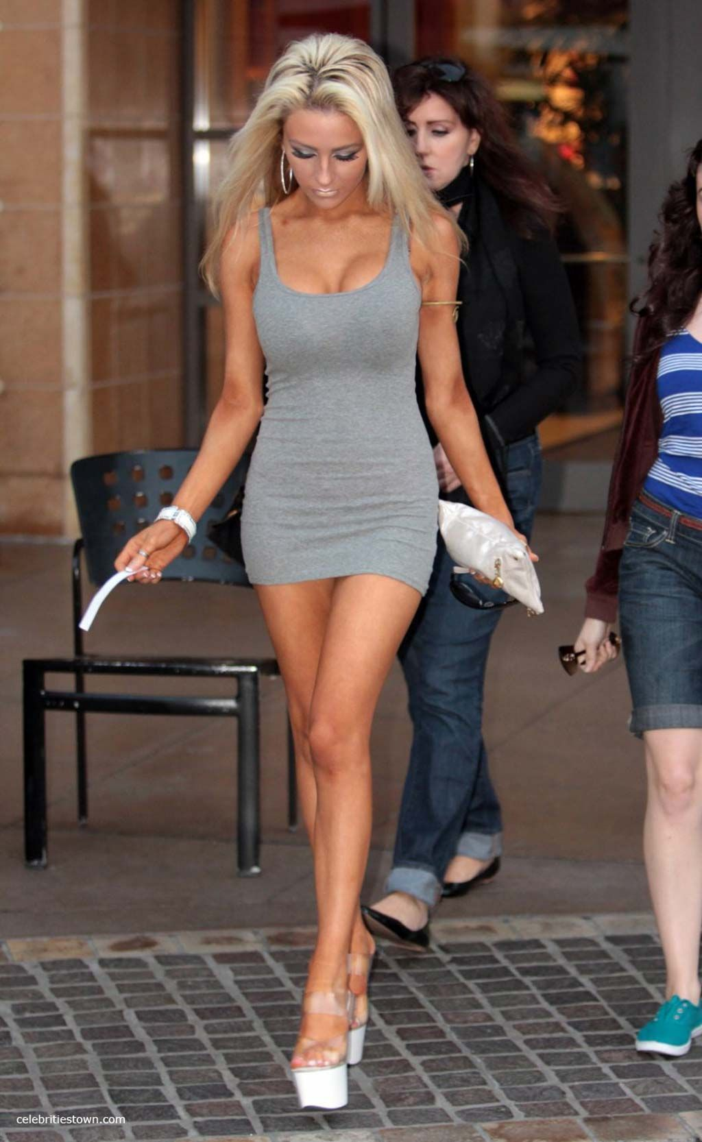 Micro Mini Skirts Public | Courtney Stodden in Shopping Center ...