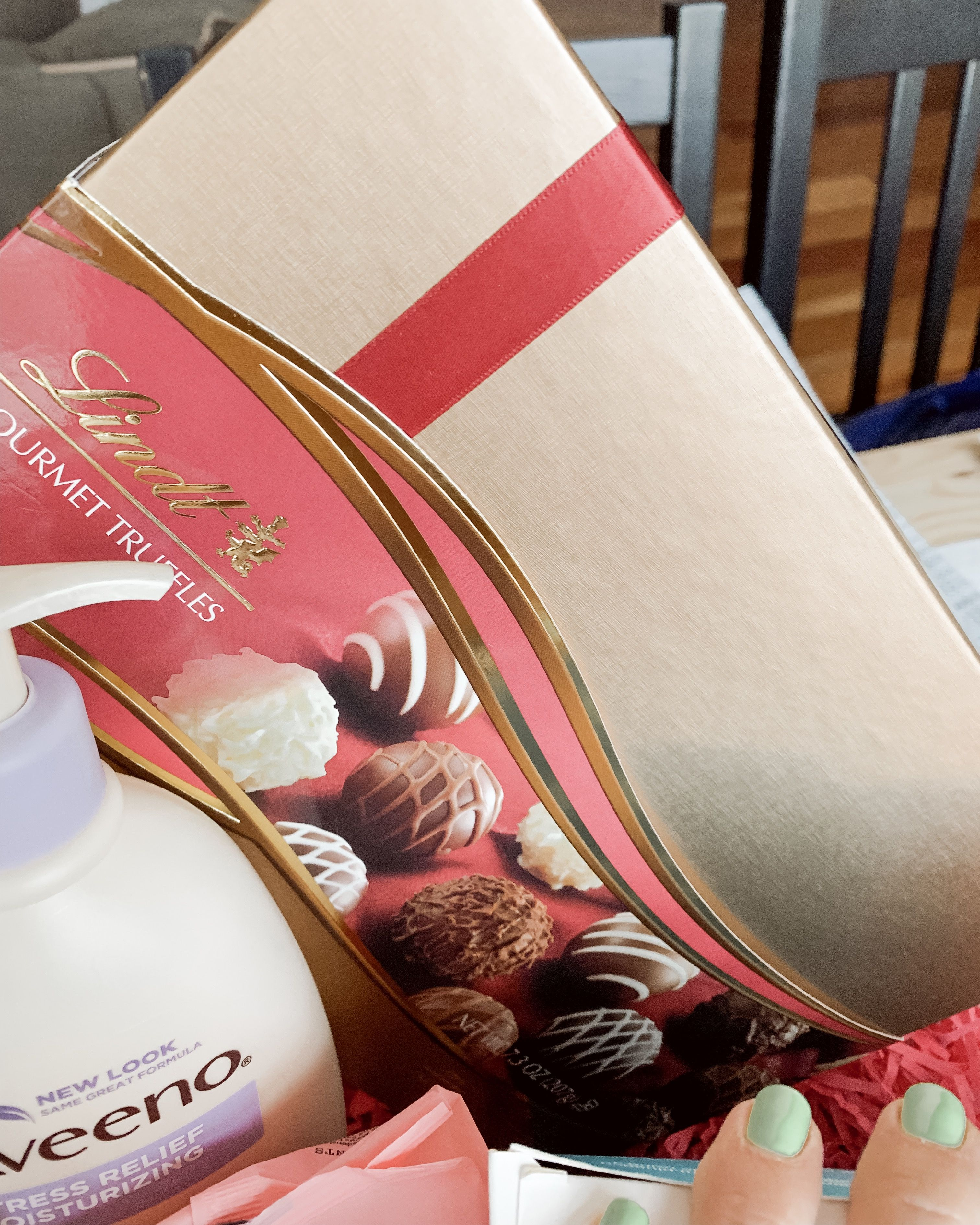 Diy postpartum gift basket for the new mama she comes