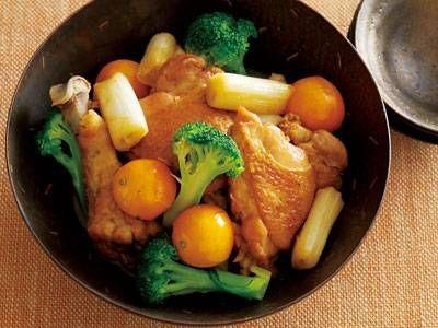 鶏肉ときんかんの中国風レシピ 講師は大庭 英子さん|皮も食べられるきんかん。鶏もも肉との相性バッチリ。丸ごと加えて煮れば、甘酸っぱさがいいアクセントに。