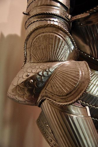 Couter / elbow cop Maximilian armor medieval armored knight