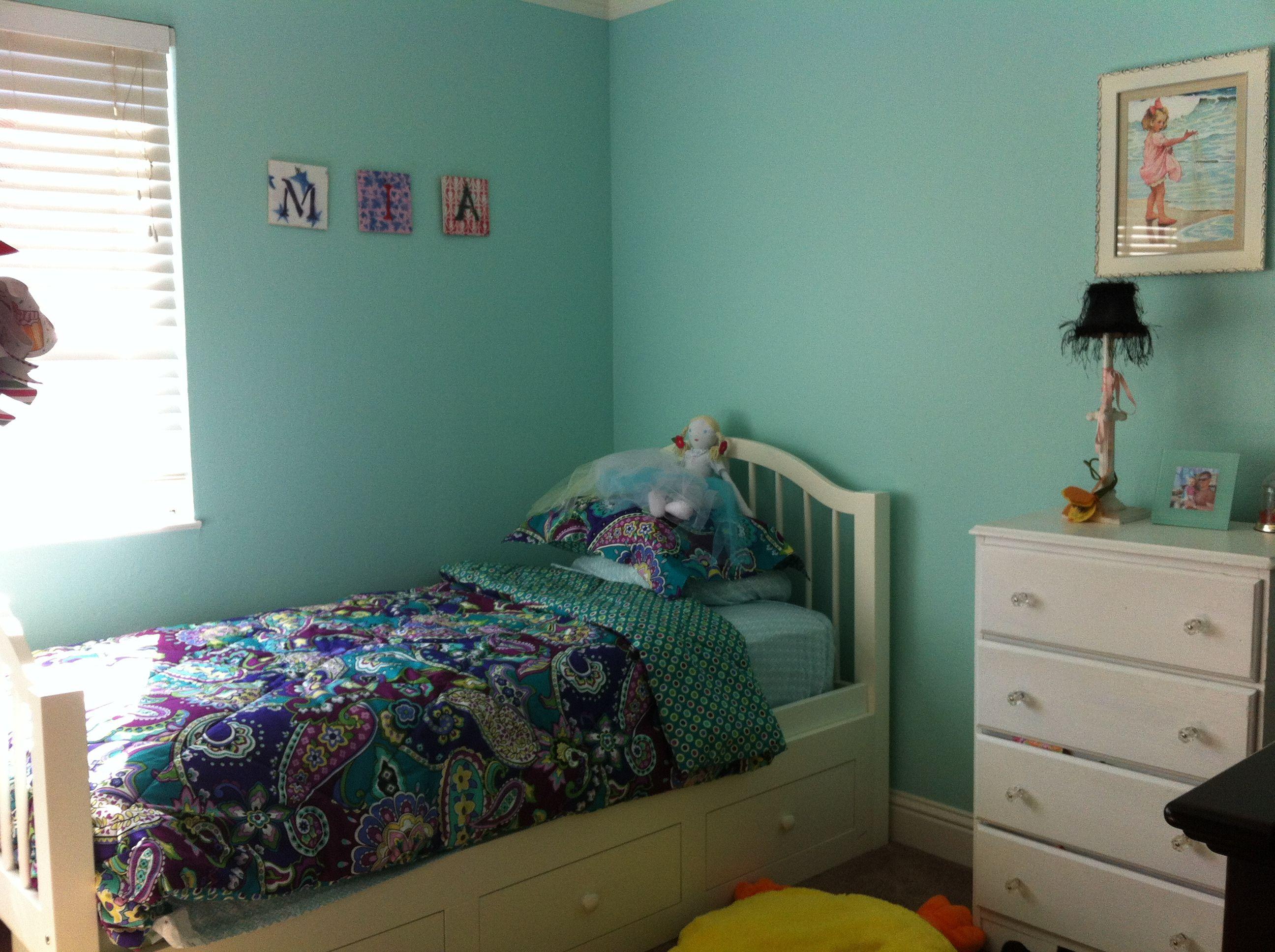 Vera Bradley Bedroom