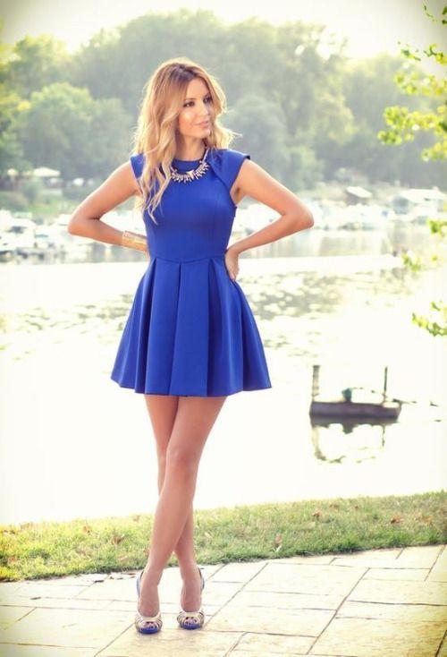 Vestidos azul rey cortos de moda