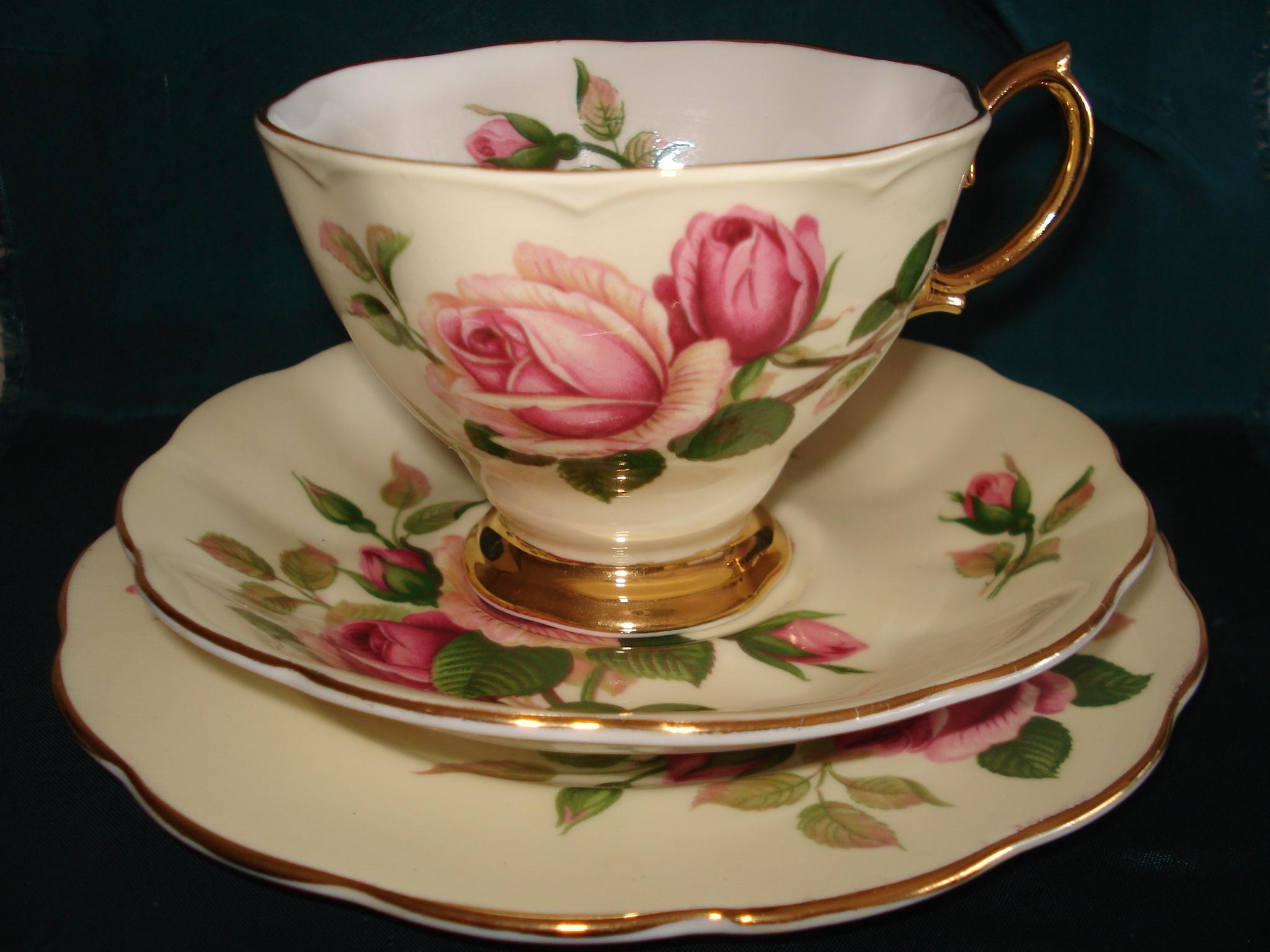 Vajilla de te moderna buscar con google vajillas y for Tazas de porcelana