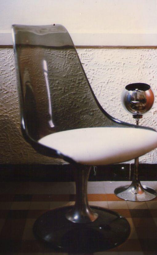 Move In A Graceful Way Design Annees 50 60 70 Chaises Retro Chaise Tulipe Plexiglass
