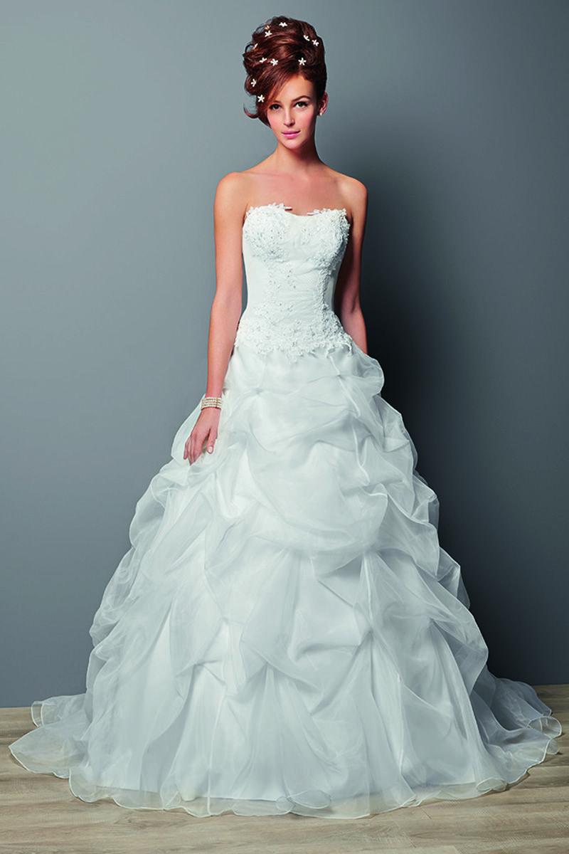 robe de mari e bustier ivoire mod le rembl me robes de mari es robe de mari e. Black Bedroom Furniture Sets. Home Design Ideas
