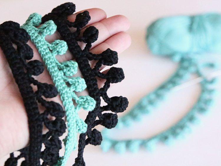 Diy Tutorial Crochet Your Own Pompom Trim Via Dawandacom Hooked
