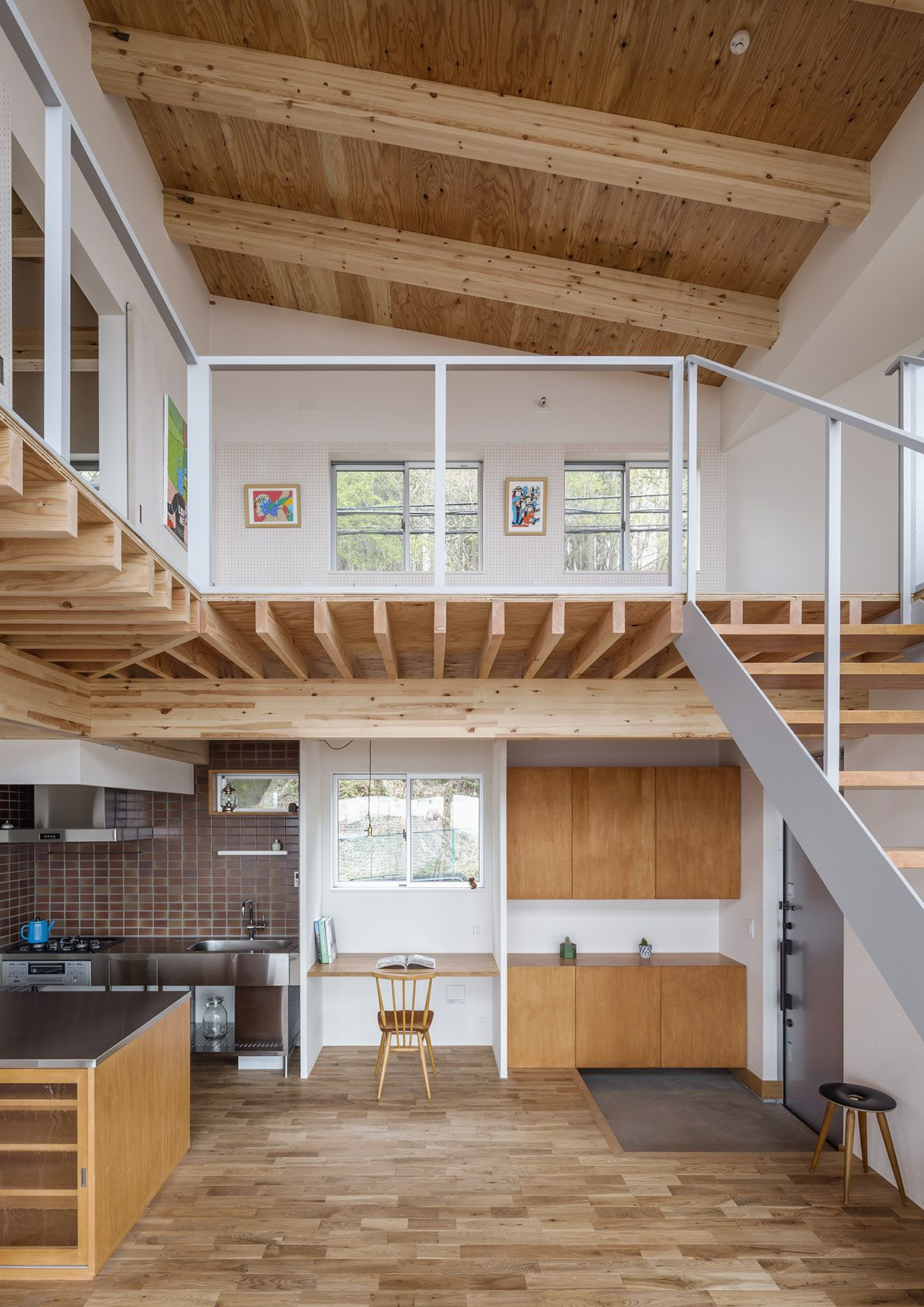 Snark House In Katakamakura Thisispaper What We Save Saves Us Tiny House Design Loft House Tiny Loft