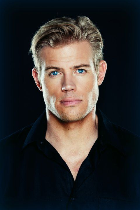 Trevor Donovan Trevor Donovan Celebrities Male Blue Eyed Men