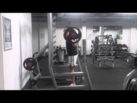 Barbell squat - YouTube