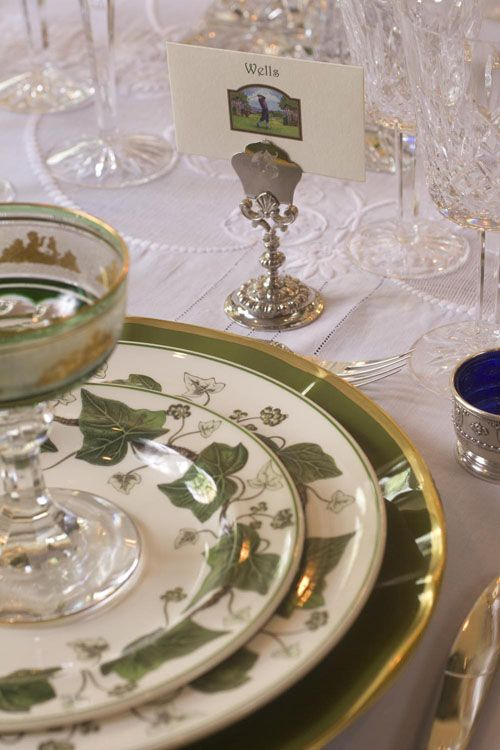 Reminds Me Of My Momu0027s China...Napoleon Ivy By Wedgwood.