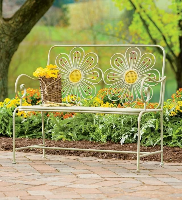 Petit banc de jardin en bois pierre ou m tal 52 id es - Petit jardin romantique tours ...