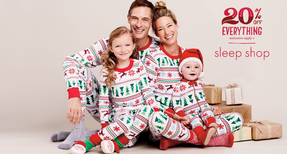 477920e4d1 This is my favorite Website to buy matching family PJ s. Every year they  have the best selection! Wouldn t they make a cute family photo !