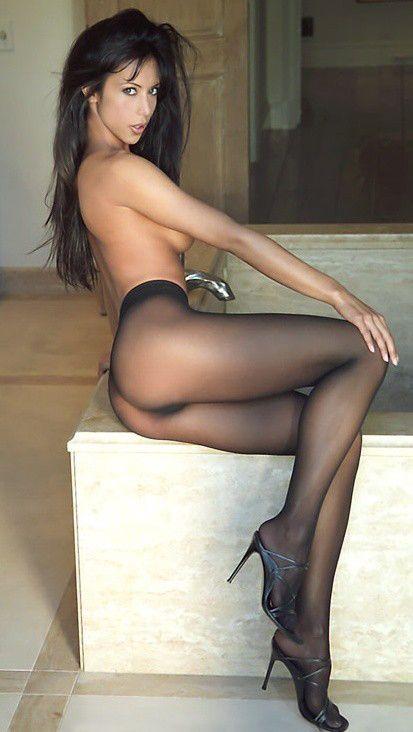 Single women in pantyhose