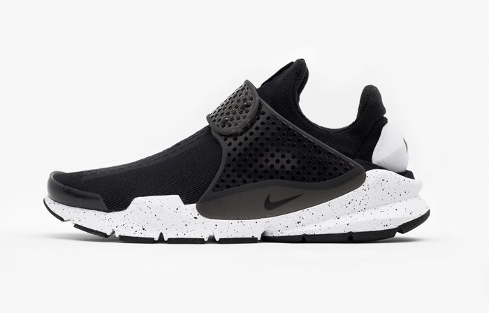The Nike Sock Dart Black White Now Has An International Release Date Nike Sock Dart Sock Dart Nike