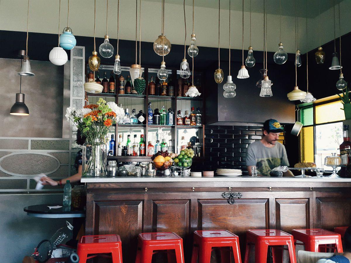 Brunch em montevid u candy bar palermo dream restaurant for Bar living montevideo