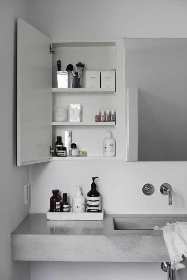 Photo of 5 Steps to Achieving a Clutter-Free Bathroom