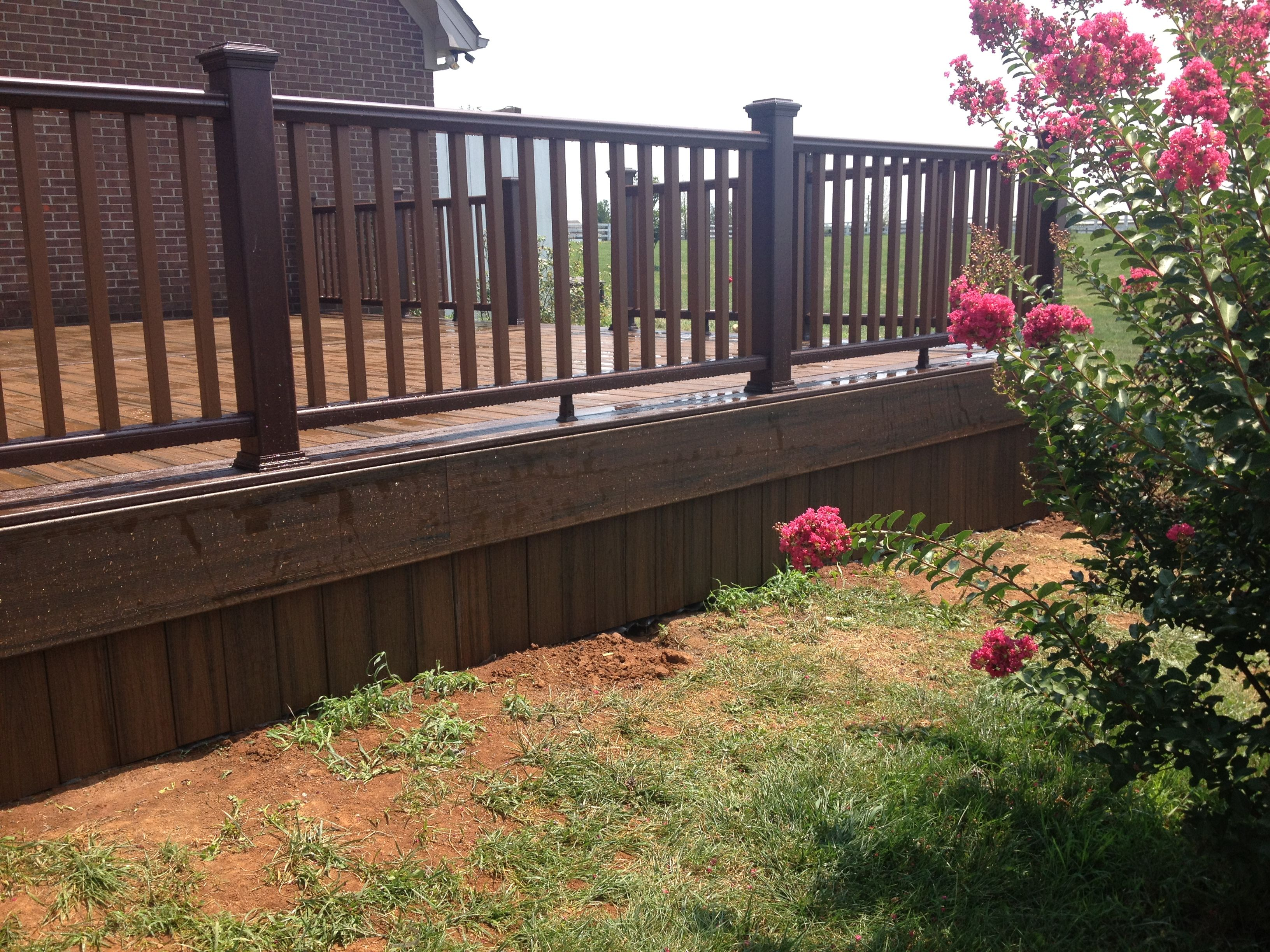 Best Vertical Spiced R*M Deck Boards For Skirting Deck 640 x 480