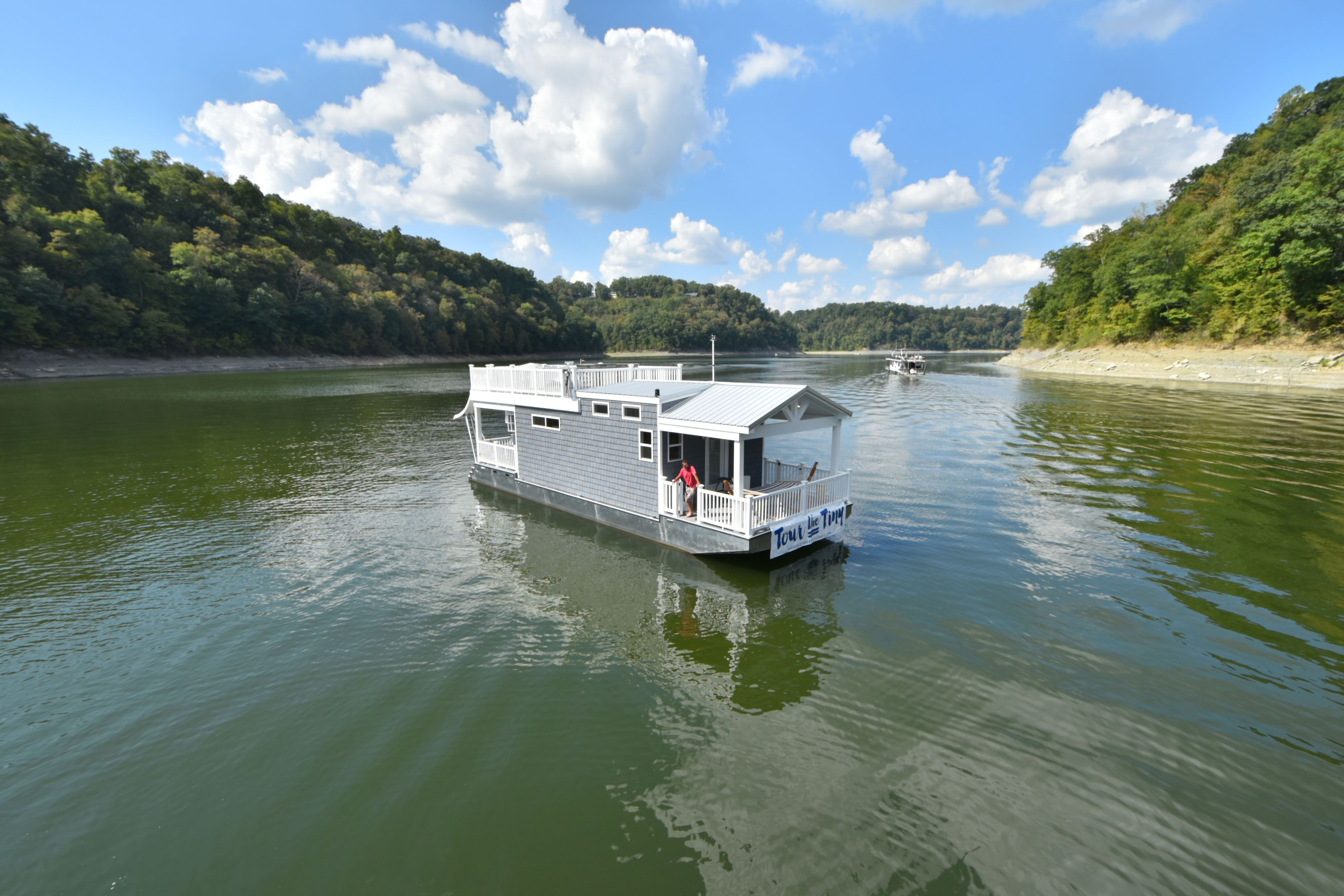 Tiny Houseboats For Sale With Images House Boat Exterior Cottage