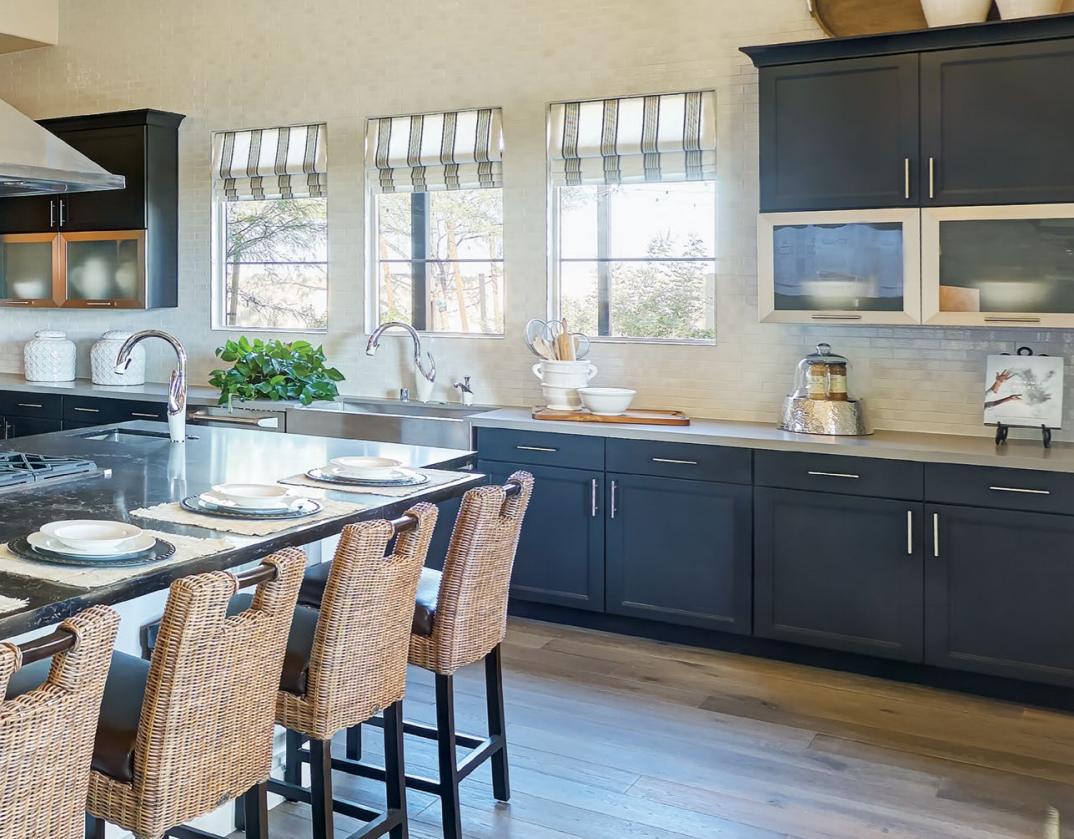 Custom Kitchen Cabinets Lifetime Warranty Custom Sizes Kitchen Design Trends Custom Kitchen Cabinets Kitchen Decor Modern