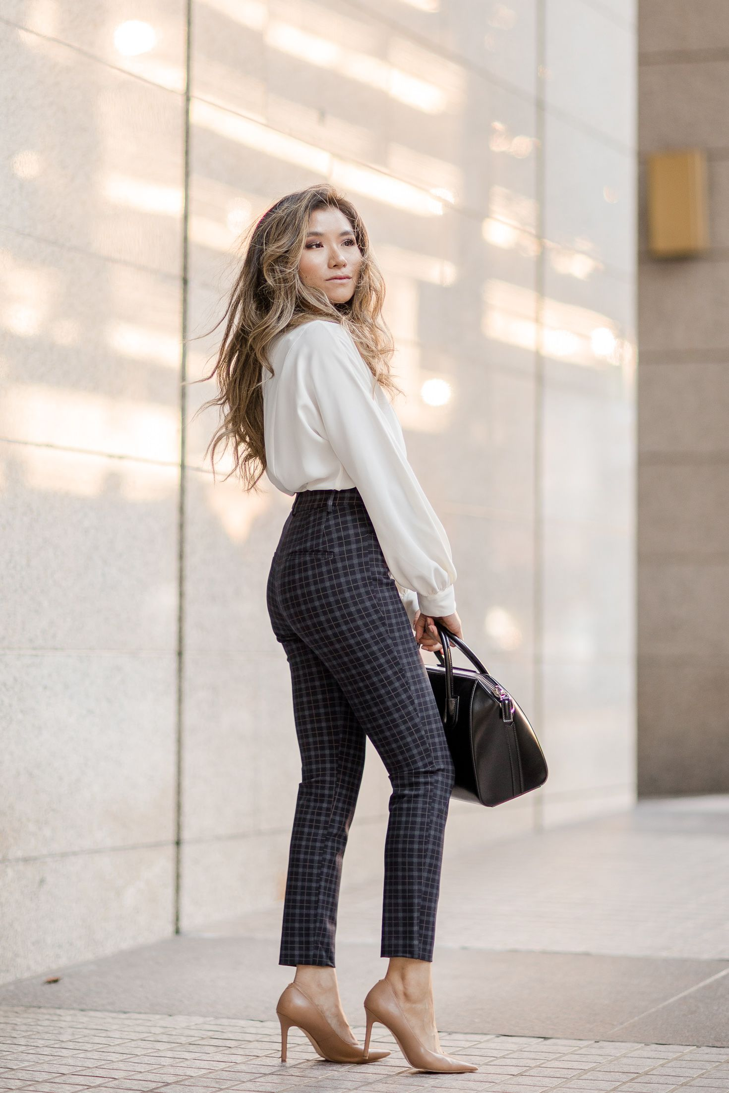 PLAID WORK OUTFITS for FALL #womensworkoutfits