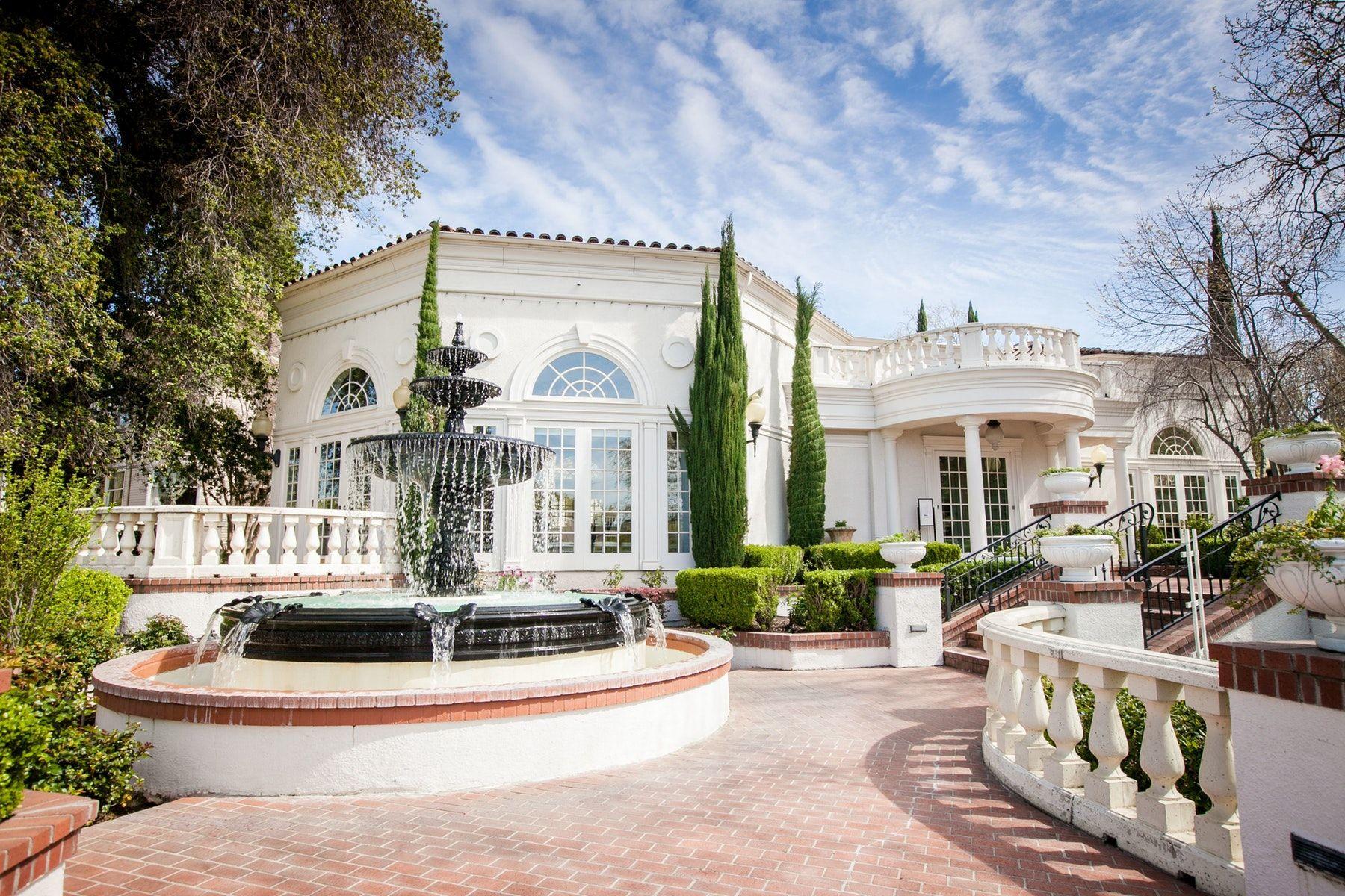 6 Wedding Venues In Downtown Sacramento California See Prices In 2020 Wedding Venues Sacramento Northern California Wedding Venues Cheap Northern California Wedding Venues