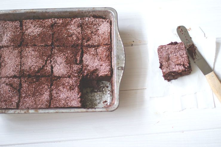 Rezept für leckeren und super saftigen Schokoladen Magic Cake mit Malzbier von moeyskitchen.com
