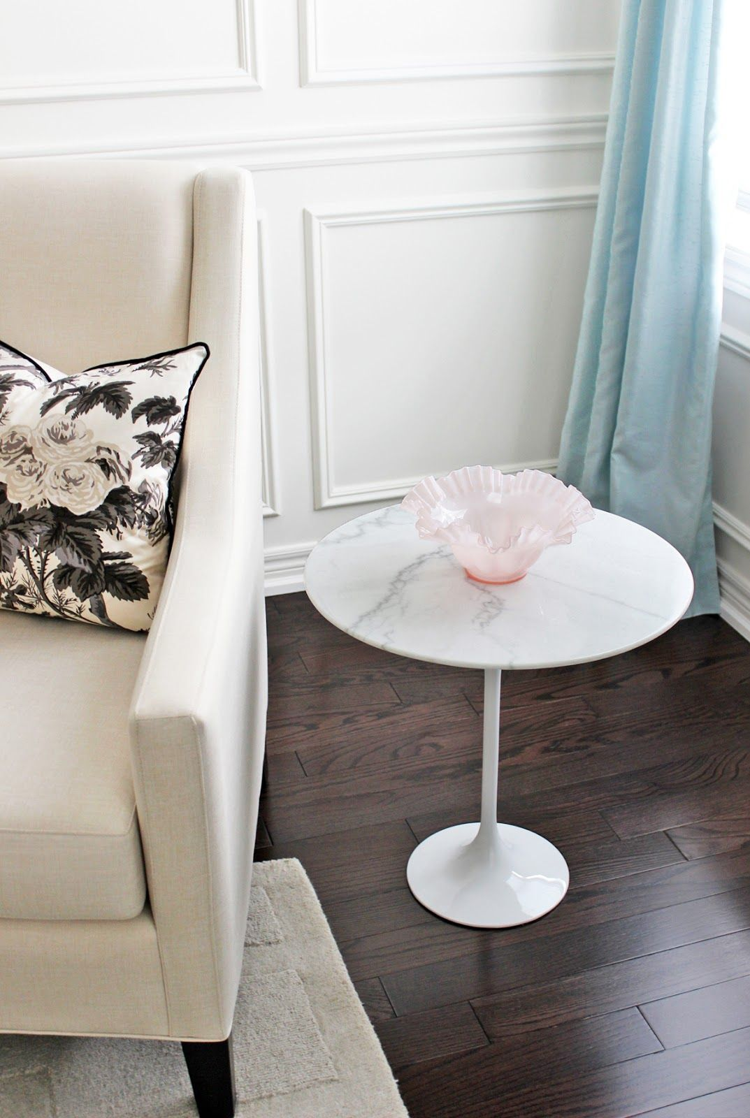 AM Dolce Vita: Style A Marble Tulip Side Table, Saarinen Tulip Marble Side  Table