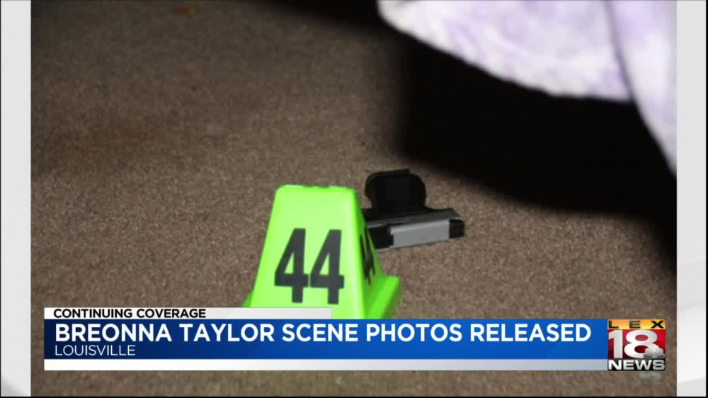 Breonna Taylor Evidence Photos Contradict Lmpd S No Body Cam Claim In 2020 Photo Scene Photo Taylor