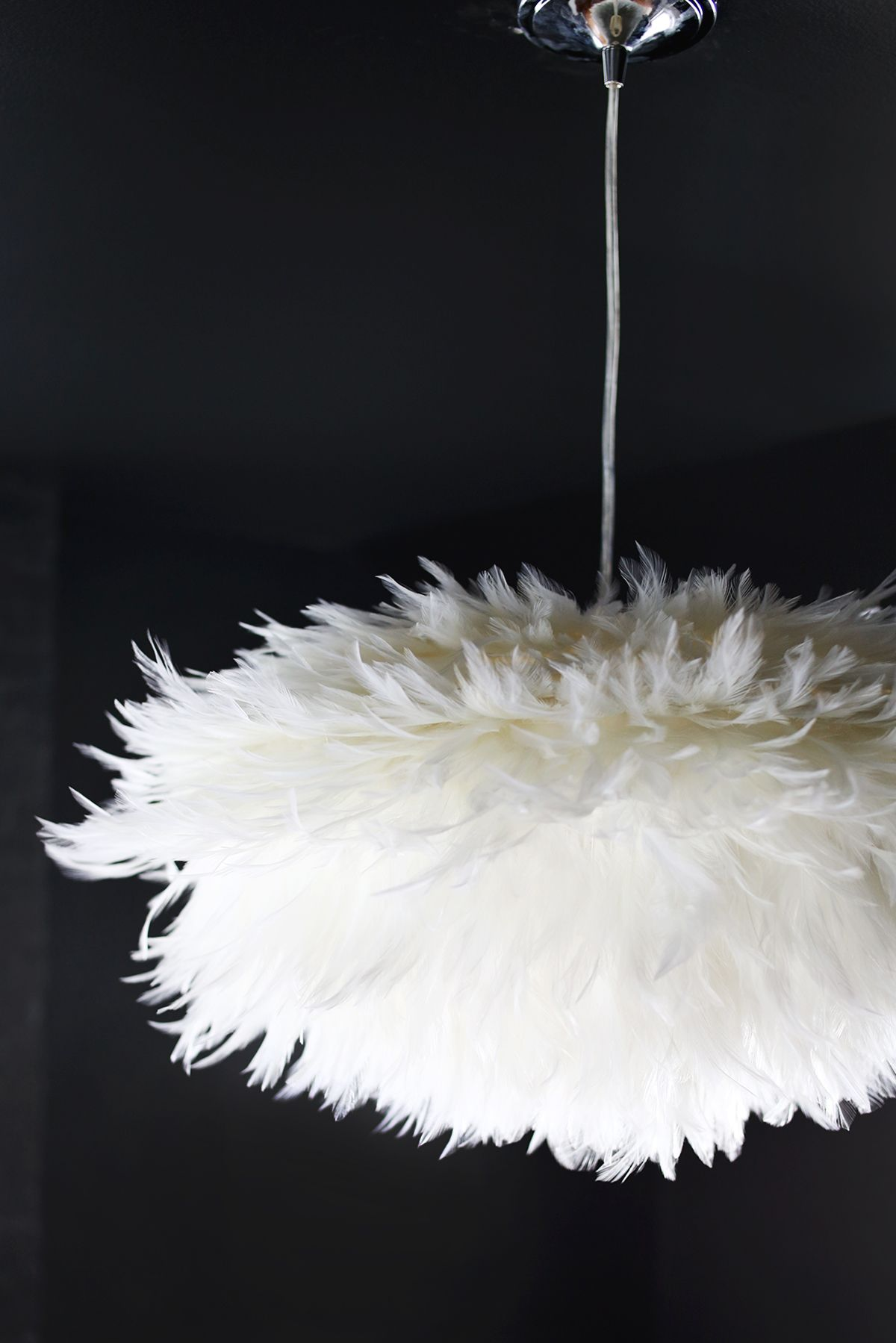 DIY Feather Pendant A Beautiful Mess | Feather lamp