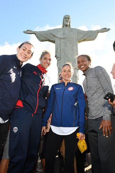 #RIO2016 Breanna Stewart Elena Delle Donne Sue Bird and Tamika Catchings of the USA Basketball Women's National Team pose during a visit to Christ the...