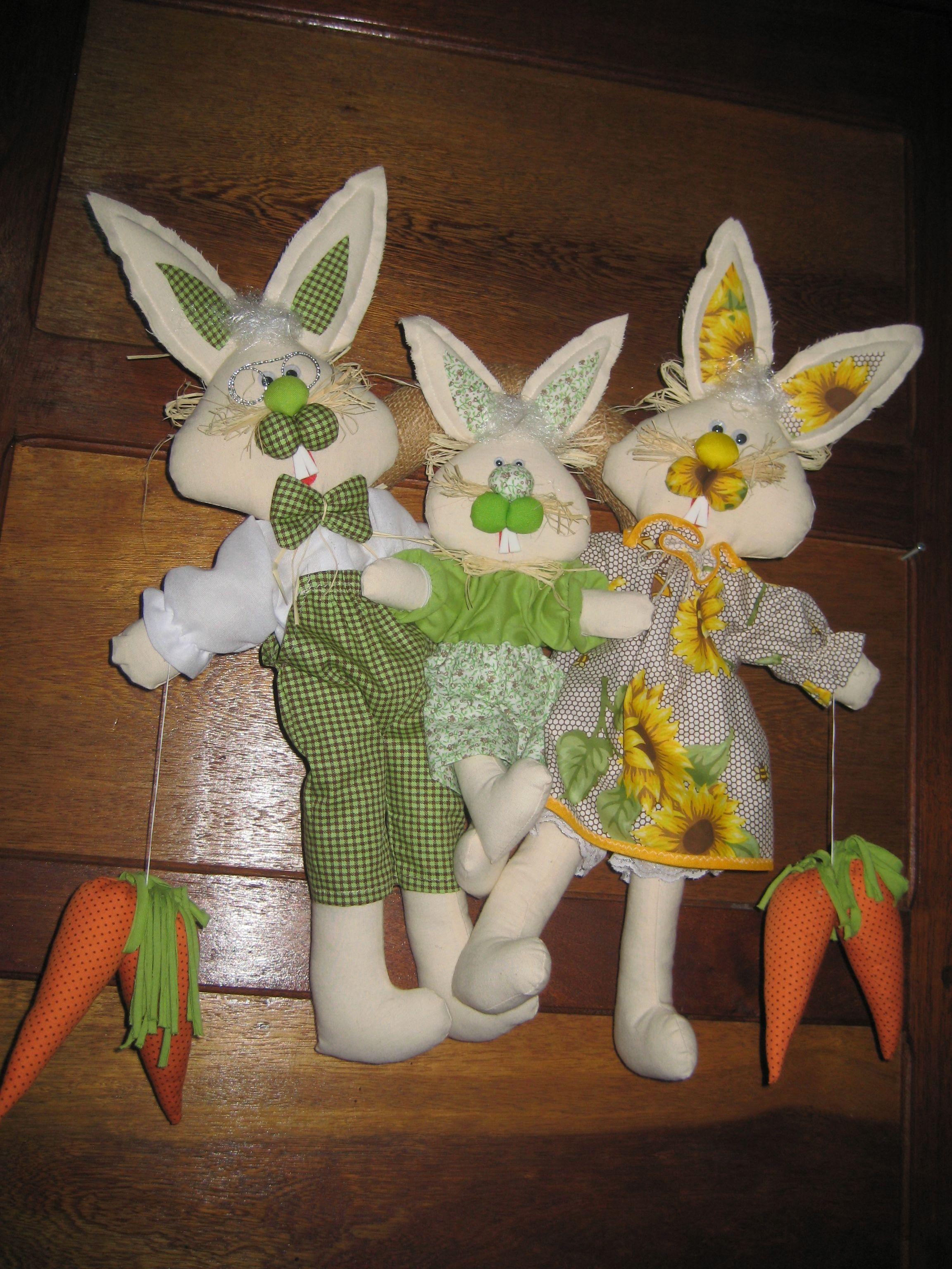 guirlanda família coelhos